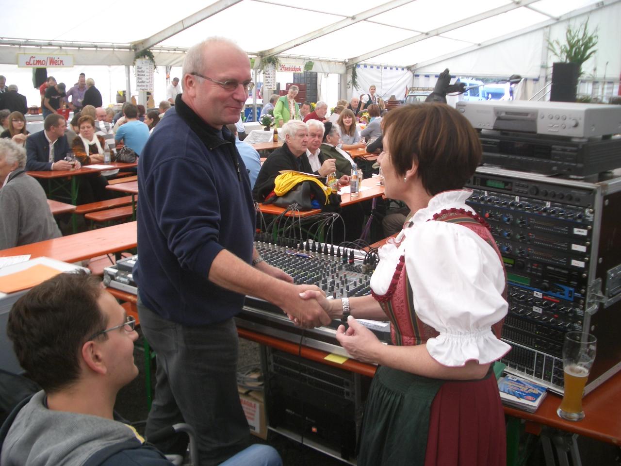Gerd Grams und die Landrätin des Landkreises Sonneberg Christine Zitzmann